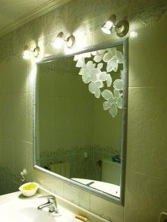 Bathroom decorative mirror